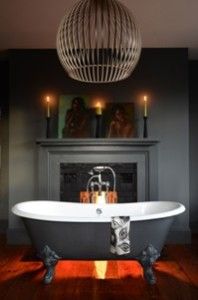 salcombe-cast-iron-bath
