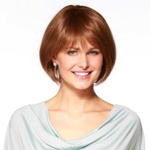 Short wig style