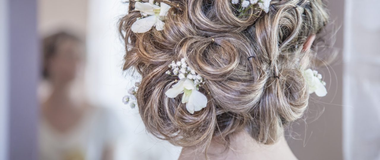 Wedding Worthy Hairpieces for Women