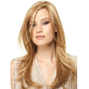 Raquel Welch Scene Stealer heat friendly wig