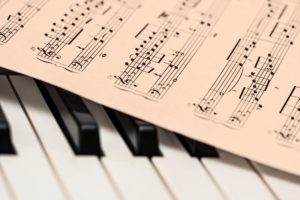 4 Simple Ways to Fit More Music Into the School Day